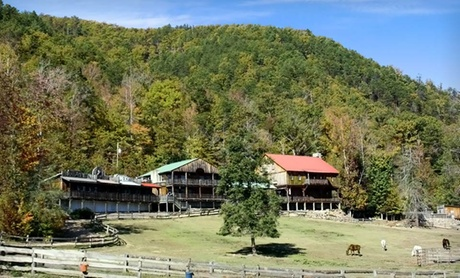 Dude Ranch in Great Smoky Mountains