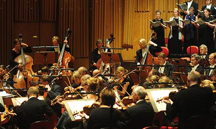 Berwaldhallen - Stockholm: Entré till konsert i Berwaldhallen. Välj mellan två olika konserter. Ord. pris från 295 kr, betala 150 kr.