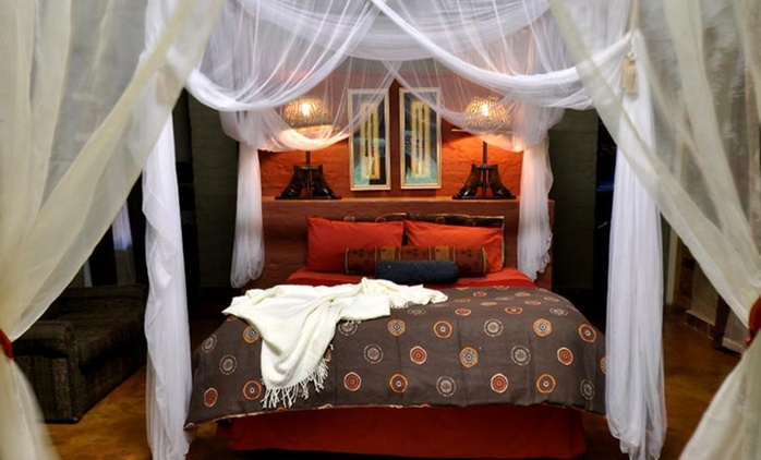 Gravelotte: Two-Night Stay for Up to Four with Self-Catering or Breakfast Options at Mafigeni Safari Lodge