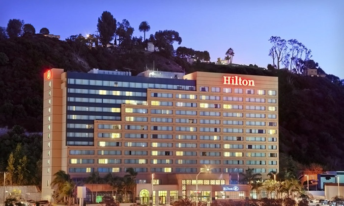 Hilton San Diego Mission Valley - San Diego: One- or Two-Night Stay with One Appetizer, Two Mixed Drinks, and WiFi at Hilton San Diego Mission Valley