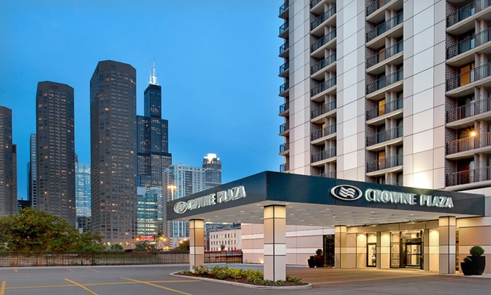 null - Chicago: Stay with Valet Parking at Crowne Plaza Chicago Metro in Chicago, IL