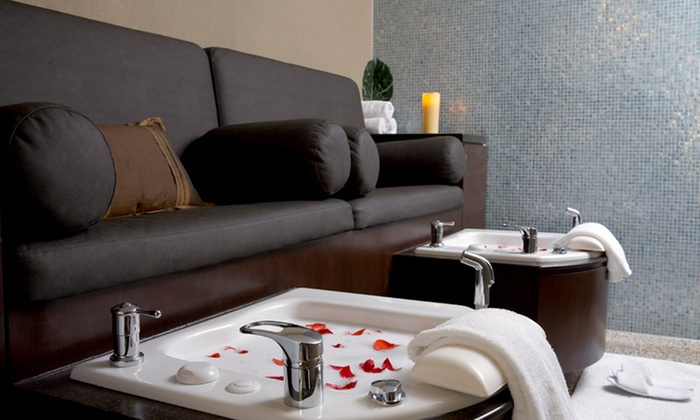 The dana hotel in chicago il groupon getaways for Accolades salon coupon
