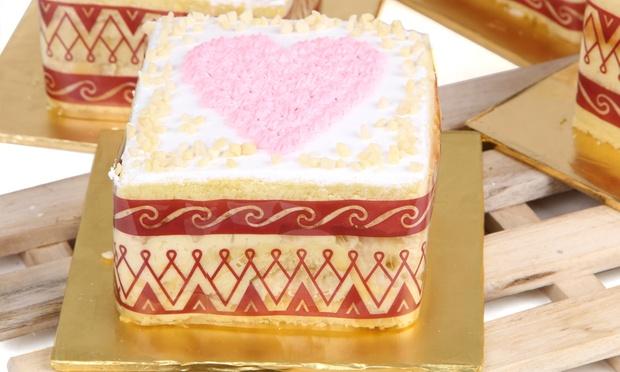 Durianz_Cake_Shop_-_3-1000x600.jpg