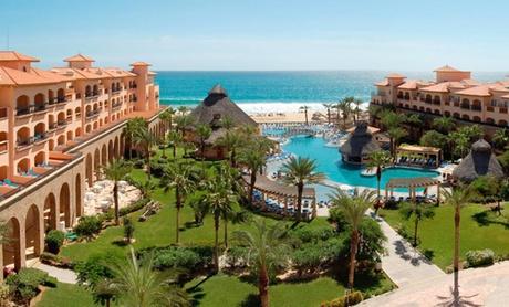 All-Inclusive Beachfront Resort in Los Cabos