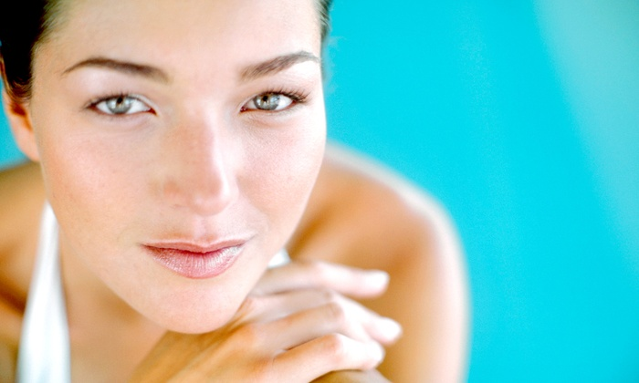 Skin FX - Lincoln: Four, Six, or Eight 30-Minute Microdermabrasion Sessions at Skin FX (Up to 63% Off)
