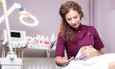 Introductory Course in IPL Hair Removal, Laser Lipolysis, or Facial Therapy for £29 at GXLC Training Centre