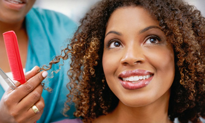 Kinky Peaches - Peachtree Heights West: $24.99 for Natural Hairstyling Package with a Consultation, Wash, Style, and Basic Curl at Kinky Peaches ($70 Value)