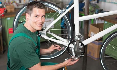 Revisión y ajuste de bicicleta por 9,95 € con engrase por 14,95€ y horquilla por 29,95€