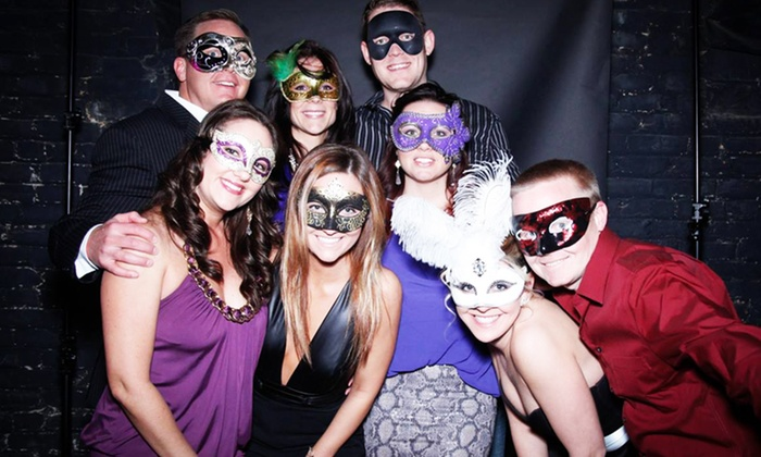SocialHeart - The Gallery and Kill Devil: Tickets to SocialHeart's Mardi Gras Masquerade with Unlimited Beer, Wine, Vodka, and Whiskey (Up to 50% Off)