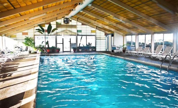 Tidewater Inn - West Yarmouth, MA: Stay at Tidewater Inn in West Yarmouth, MA, with Dates into December