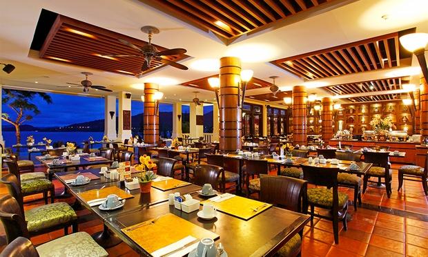 Phuket: 4* Aquamarine Resort 4