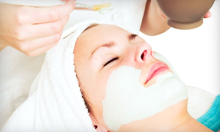 Perle Holistic Skincare - Central Area: $45 for a 90-Minute Dr. Hauschka Facial at Perle Holistic Skincare ($90 Value)