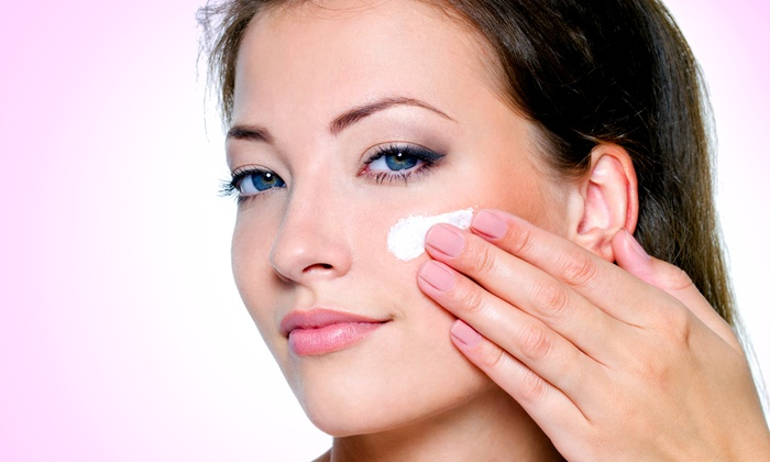 Skin - Country Club Plaza: $11 for $20 Worth of Organic Skincare Products from Skin