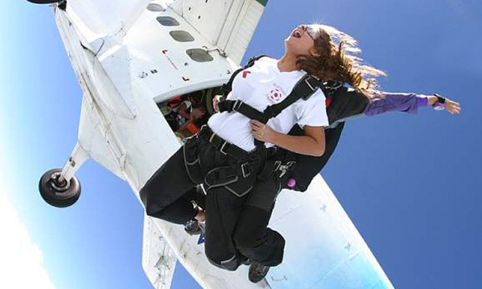 Skydiving Atlanta - Atlanta Tandem Skydiving: One Tandem Skydiving Jump at Atlanta Tandem Skydiving (54% Off)