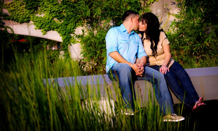 Figueroa Photography - Houston: $69 for One-Hour Engagement Session with CD and Prints from Figueroa Photography ($295 Value)