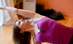 Epídavros Center for Wellbeing: One Month of Unlimited Yoga Classes or 10 Drop-In Classes at Epídavros Center for Wellbeing (Up to 76% Off)
