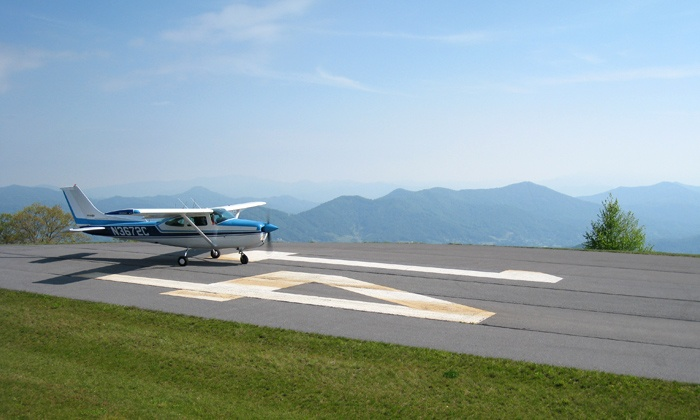 Fly Carolina - Multiple Locations: $100 for an Introductory Flight Lesson at Fly Carolina ($199 Value)