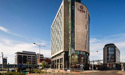 Cardiff: Standard Room with Breakfast, Late CheckOut, Prosecco and Option for Dinner at 4* Clayton Hotel Cardiff