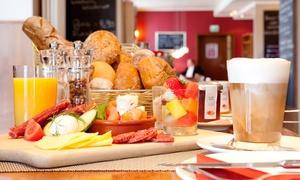 Weinwirtschaft: Langschläfer-Frühstück mit Kaffee und frisch gepresstem Orangensaft für Zwei oder Vier in der Weinwirtschaft ab 21,90 €