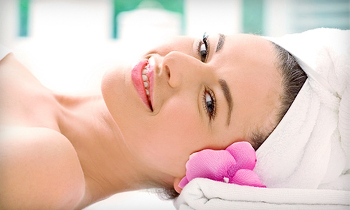 Facelogic Spa - Facelogic Spa : Facial, Massage, or Both with Champagne at Facelogic Spa (Up to 53% Off)