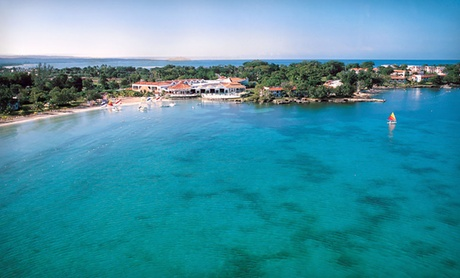 All-Inclusive Resort on Jamaican Beach
