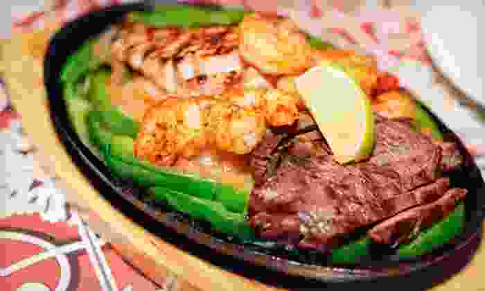 Las Islitas - Meadowview: $10 for $20 Worth of Mexican Food and Drinks Las Islitas