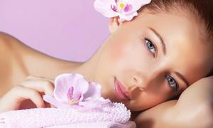 L'Elite: Massaggio, pulizia viso completa, ceretta totale, manicure e pedicure, smalto da L'Elite (sconto fino a 81%)