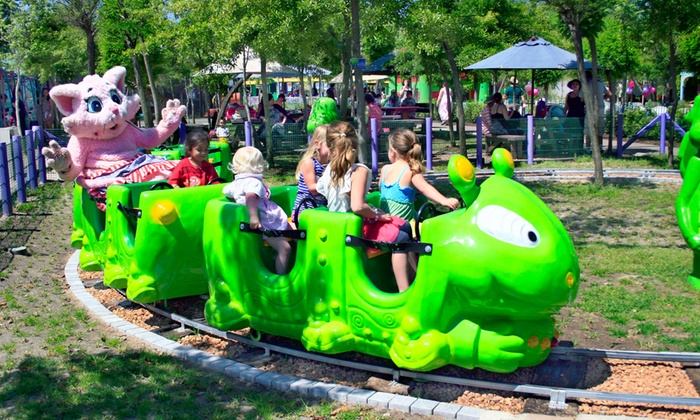 Bugz Parties - Bugz Family Playpark: VIP Tickets to Bugz Playpark from R75 (Up to 60% Off)