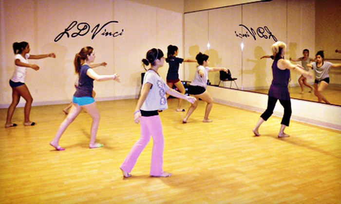 LDVinci Art Studio - Sunset Cove: One Month of Weekly Dance, Music, Fine-Art Painting, or Musical-Theater Classes at LDVinci Art Studio (Up to 60% Off)