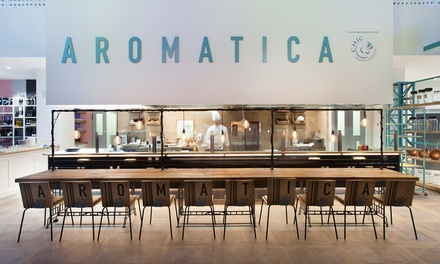 Aperitivo Gourmet oppure cena con menu degustazione da 3 o 4 portate e calice di vino all'Aromatica Restaurant
