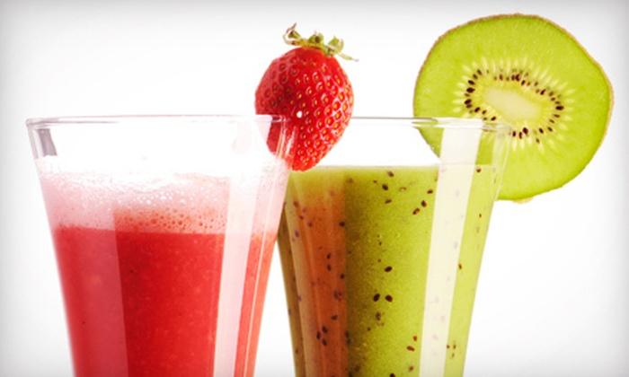 Farmacia-Sanna's Organic JuiceBar - Toronto: One or Two Three-Day Juice Cleanses from Farmacia-Sanna's Organic JuiceBar (Up to 52% Off)