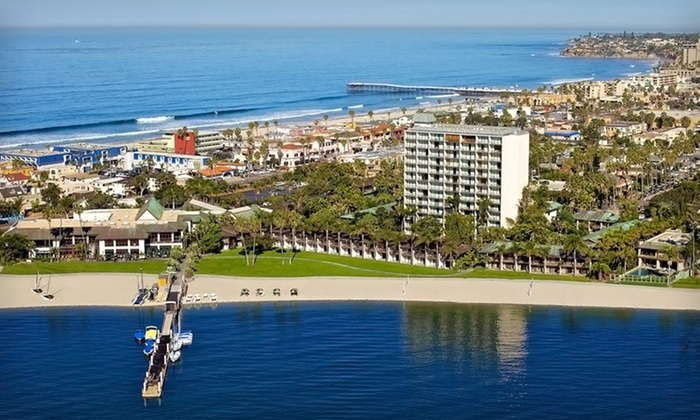 The Catamaran Resort Hotel & Spa - San Diego: Stay at The Catamaran Resort Hotel & Spa in San Diego. Dates into February.