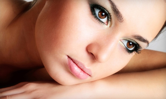 The Perfect Eyebrow & Makeup Center - Campus Commons: Eyebrow Shaping with Optional Tinting at The Perfect Eyebrow & Makeup Center (56% Off)