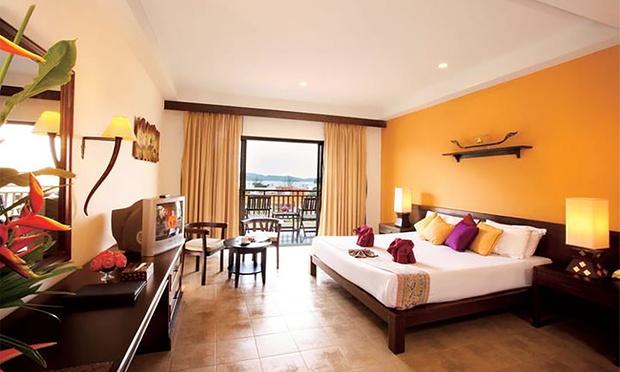 Krabi: 4-Star Hotel + Flights 1