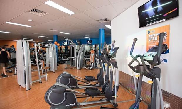 4 week 24 7 gym access pt session plus fitness 24 7. Black Bedroom Furniture Sets. Home Design Ideas