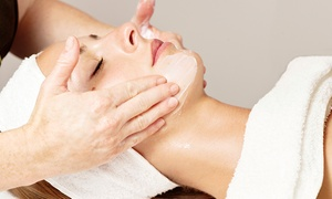 Tao Wellness Center: Mini-Facial with Microdermabrasion or Full Facial with Seaweed Mask at Tao Wellness Center(Up to 52% Off)