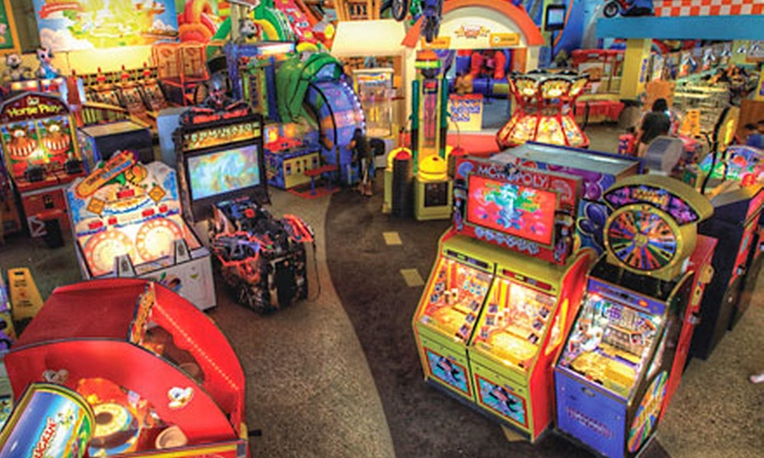 Bounce-a-Rama - Milpitas Great Mall: $195 for a Silver Birthday-Party Package for Up to 15 Children at Bounce-a-Rama ($395 Value)