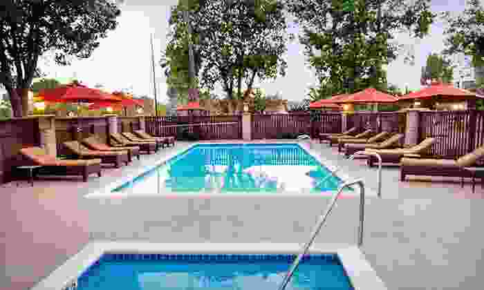 Hummingbird Inn - Ojai, CA: One-Night Stay with Dining Credit at Hummingbird Inn in Southern California