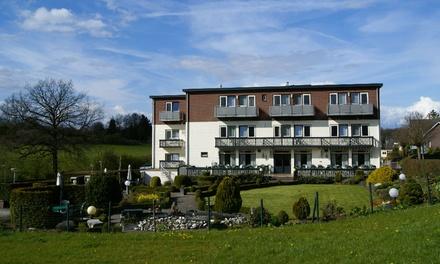 ZuidLimburg:1 tot 4 nachten met ontbijt en naar keuze 3gangendiner of halfpension in Hotel Bemelmans voor 2 personen