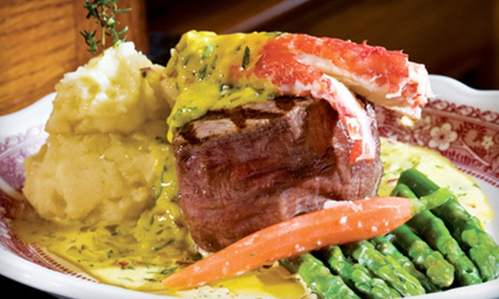 Kelly's of Naples - Long Beach: Steaks, Seafood, and Drinks for Brunch, Lunch, or Dinner at Kelly's of Naples in Long Beach (Half Off)