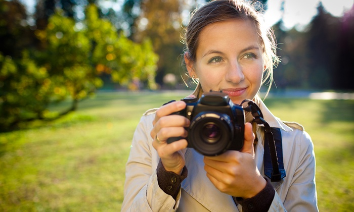 Luna Looks - New York City: 60-Minute Outdoor Headshot Shoot with Retouched Digital Images from Luna Looks (78% Off)