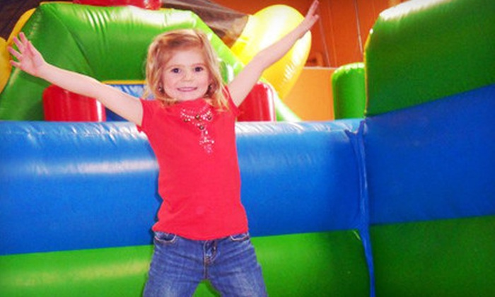 Kangaroo Kids Inflatable Party Center - Deer Park: $19 for Five Bounce-House Visits at Kangaroo Kids Inflatable Party Center ($50 Value)