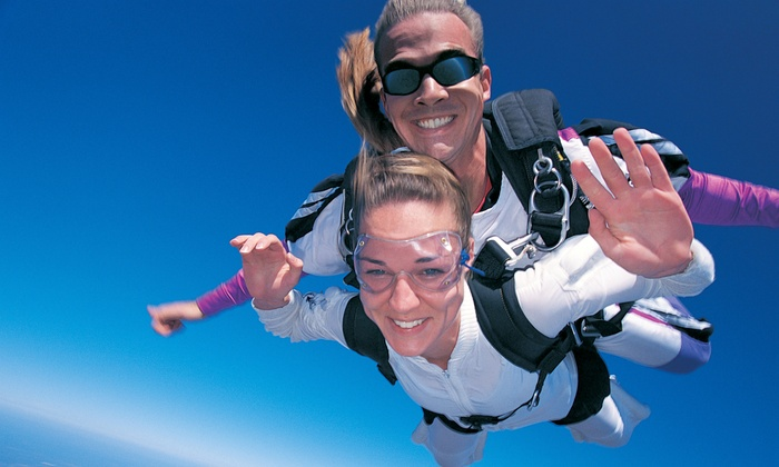 516 Skydive - The Hamptons: $149 for a Tandem Skydive from 516-Skydive in East Moriches ($249 Value)