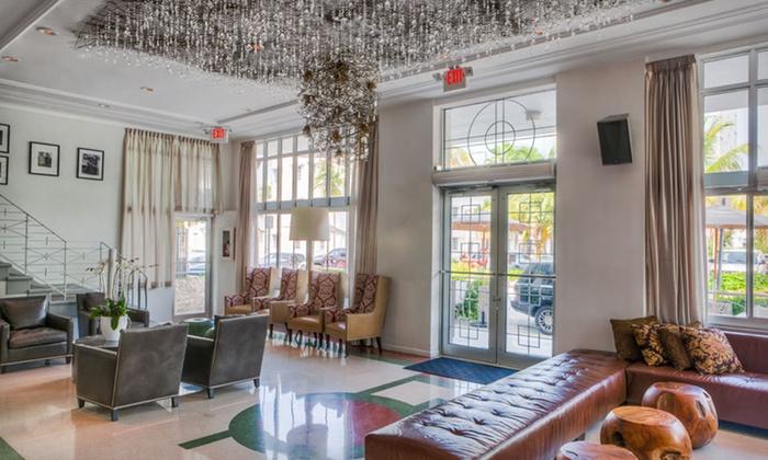 Stylish Art Deco Hotel In Miami Beach