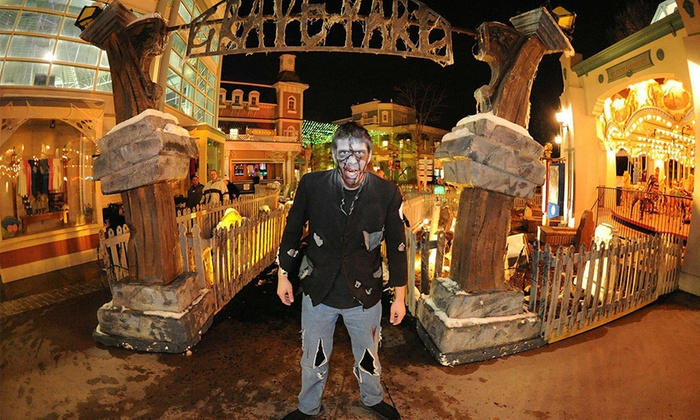 Elitch Gardens - Denver: $32 for Admission to Fright Fest at Elitch Gardens ($45.99 Value)