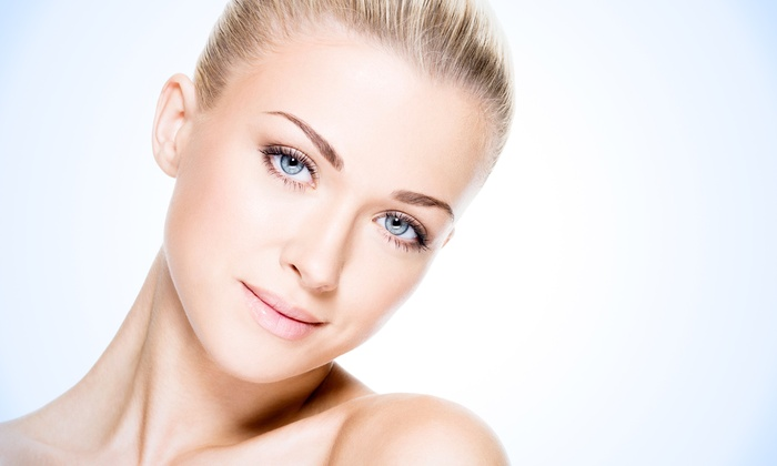 JenSpa - Tyrone Square Location: $45 for a Skin-Brightening Peel With Express Facial at JenSpa ($140 Value)