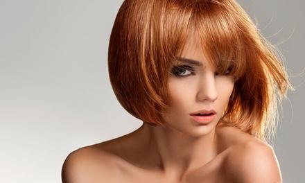 Hair styling con taglio e pieghe