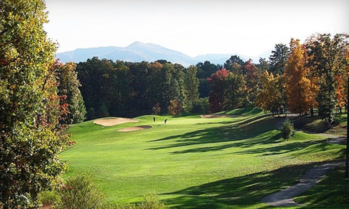 Hanging Rock Golf Club - Salem: Weekend or Weekday Round of Golf for Two with Range Balls at Hanging Rock Golf Club (Up to 51% Off)
