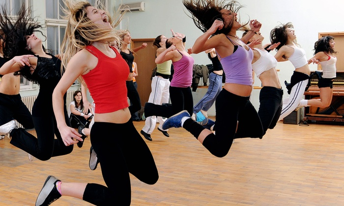Fit 4 Life Ohio - Washington: 10 or 20 Zumba or Bootcamp Classes at Fit 4 Life Ohio (Up to 59% Off)