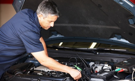 $29.99 for a Car Care Package with Oil Changes and Repairs at Los Angeles Car Care($365 Value)